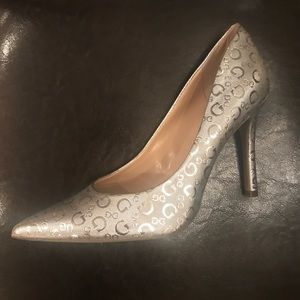 NWOT Silver Guess Business Casual Heels